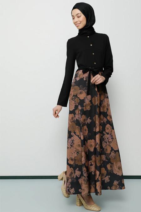 Tavin Siyah Çiçekli Elbise