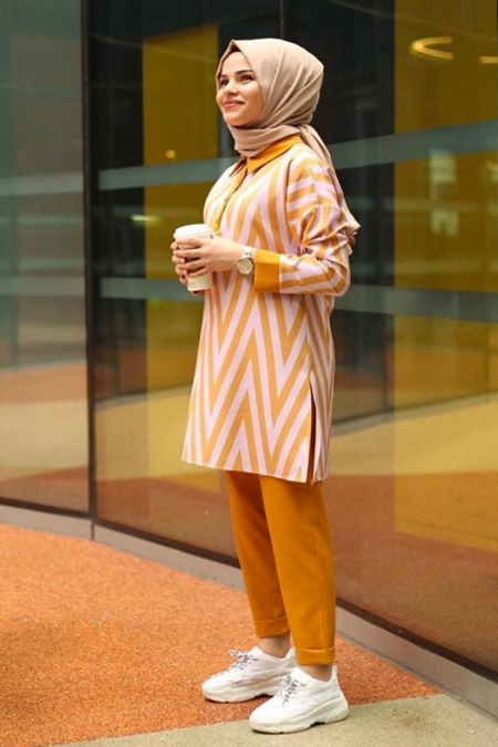 Emma Butiq Renkli Desenli Takım