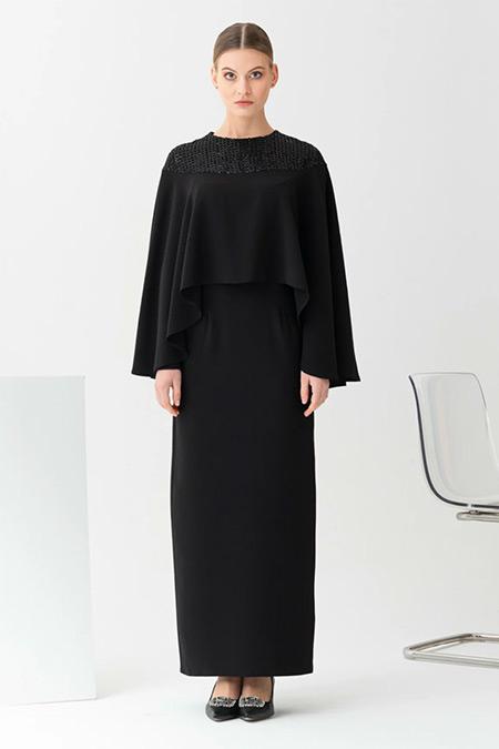 Gönül Kolat Siyah Kısa Pelerinli Abiye Elbise