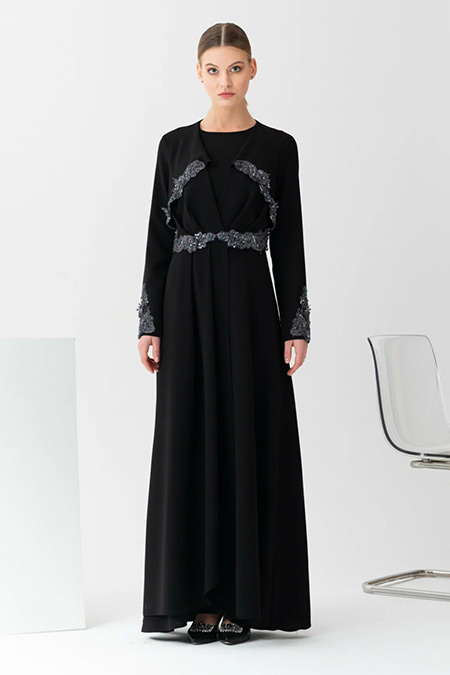 Gönül Kolat Siyah Kapaklı Abiye Elbise