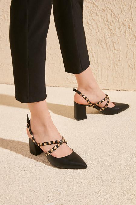 Trendyolmilla Siyah Troklu Kadın Klasik Topuklu Ayakkabı