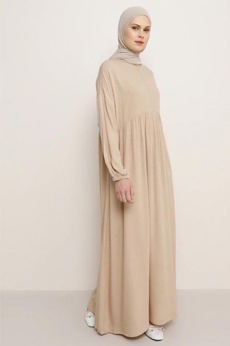 Benin Bej Kolları Lastikli Elbise