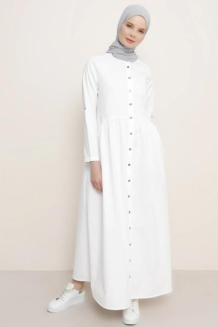 Benin Beyaz Boydan Düğmeli Kot Elbise