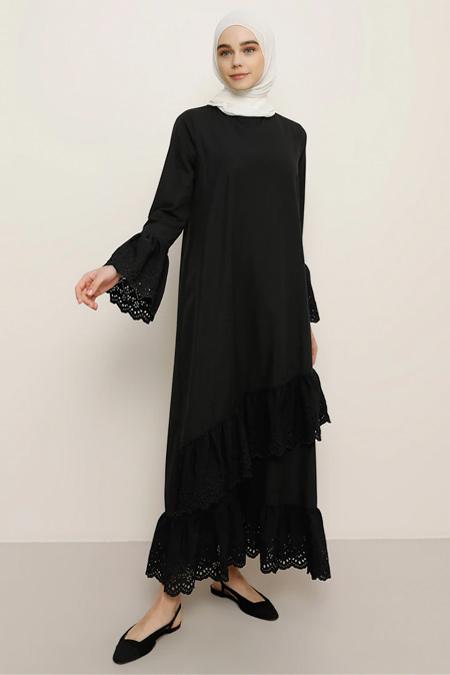 Benin Siyah Volan Detaylı Elbise