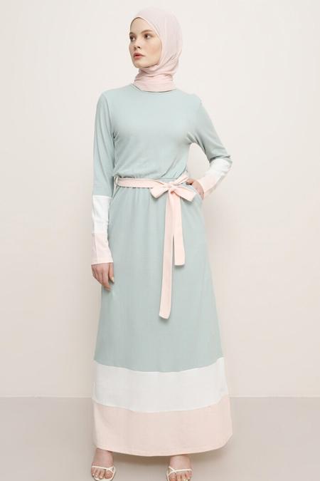 Benin Nil Yeşili Beyaz Somon Doğal Kumaşlı Elbise