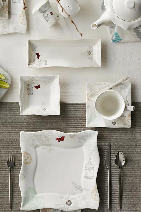 Karaca Charlot 32 Parça 6 Kişilik Kare Kahvaltı Seti