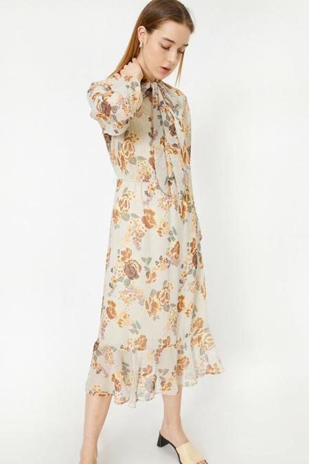 Koton Turuncu Yakası Fular Detaylı Elbise