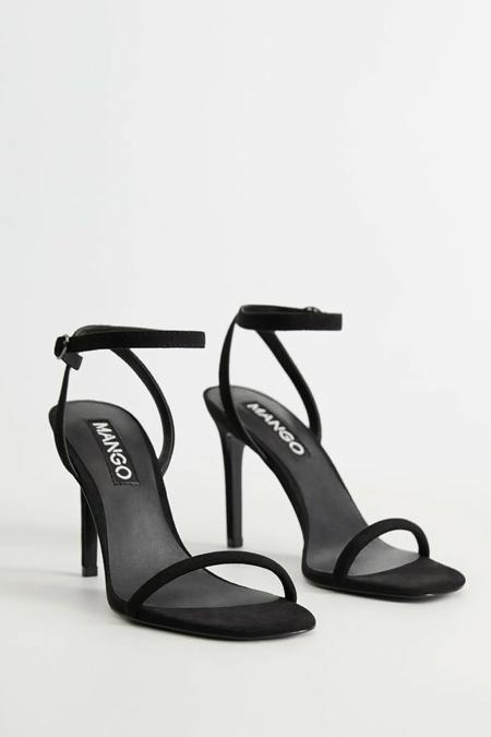Mango Siyah Bilekten Bağlamalı Sandalet