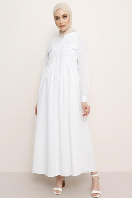 Refka Beyaz Doğal Kumaşlı Hakim Yaka Elbise