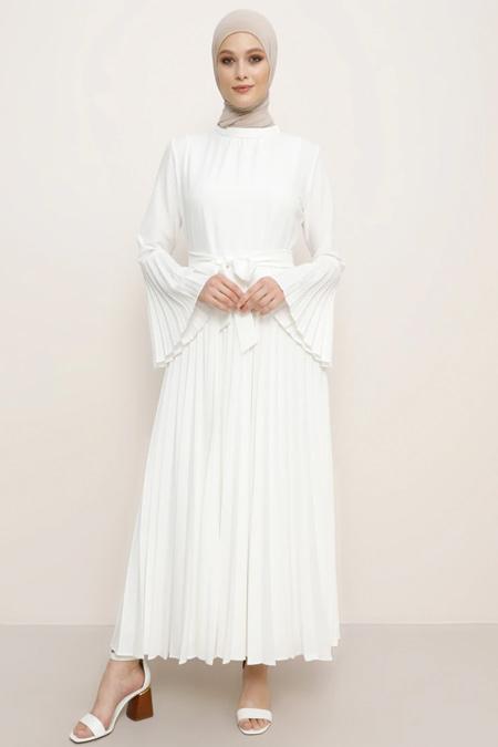 Refka Beyaz Piliseli Elbise
