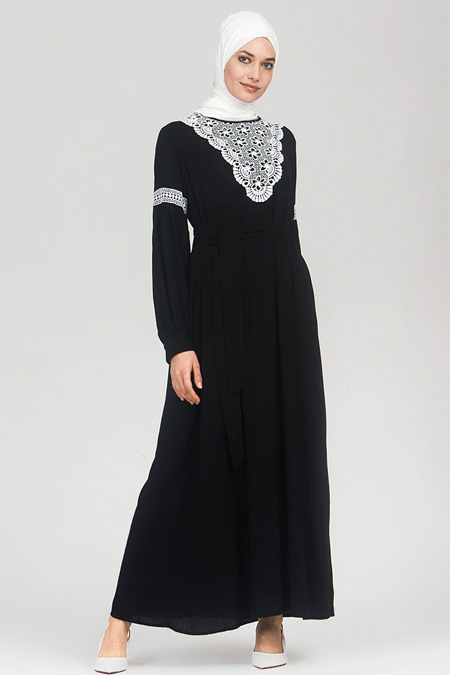 Refka Siyah Güpür Detaylı Elbise