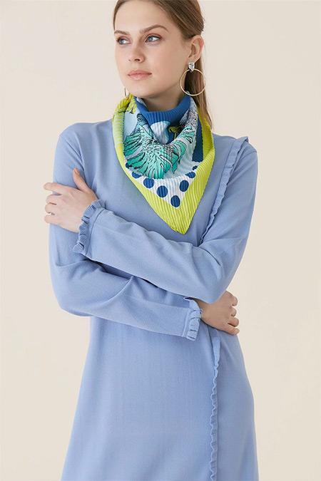 Tığ Triko Mavi Fırfır Detaylı Elbise
