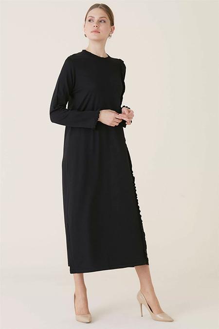 Tığ Triko Siyah Fırfır Detaylı Elbise