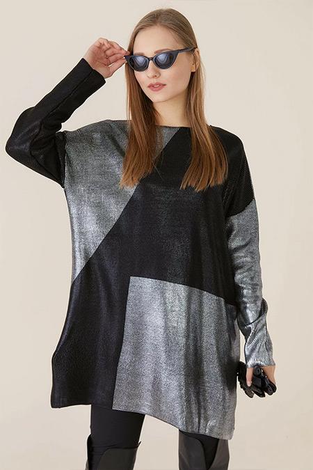 Tığ Triko Siyah Gümüş Baskılı Tunik