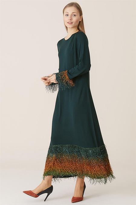 Tığ Triko Zümrüt Püskül Detaylı Elbise
