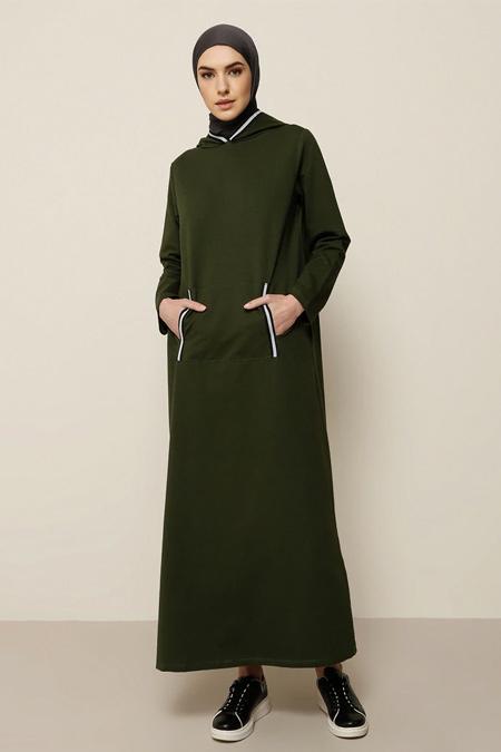 Tavin Haki Kapüşonlu Şeritli Spor Elbise