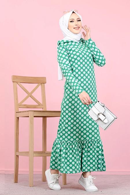 Tofisa Yeşil Tesettür Kapüşonlu Volanlı Elbise