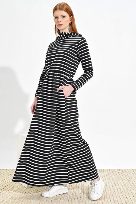 Muni Muni Siyah Çizgili Desenli Elbise