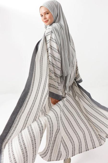 Phull Ekru Siyah Doğal Kumaşlı Kimono