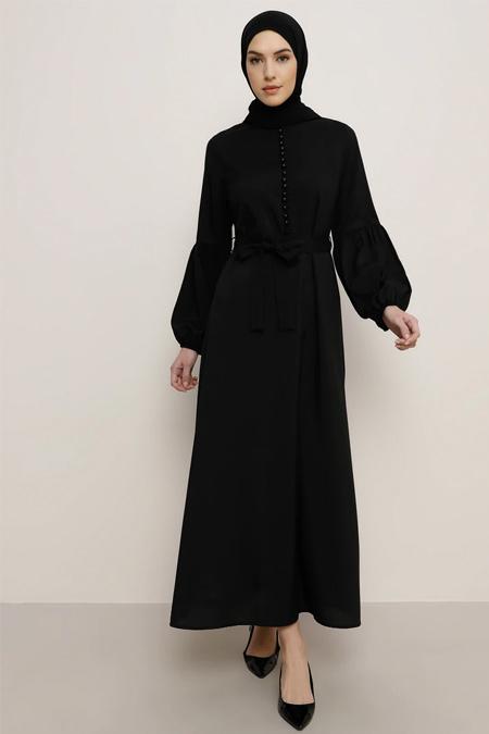 Tavin Siyah Brit Detaylı Elbise