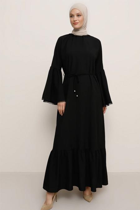 Tavin Siyah Kol Ucu Güpür Aplikeli Elbise