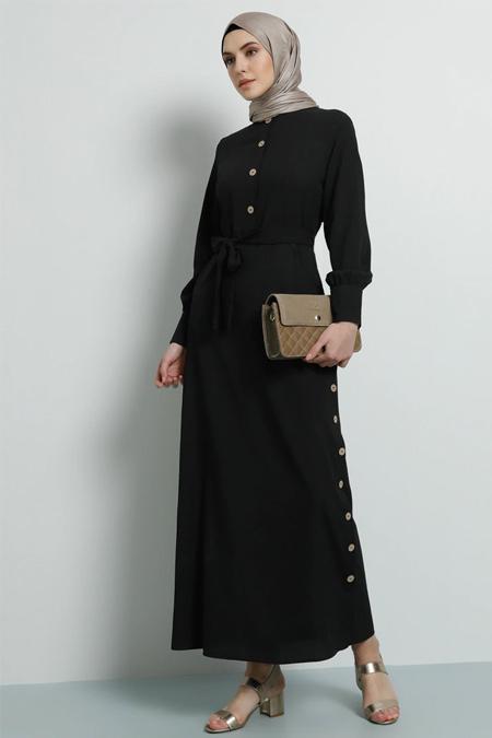 Tavin Siyah Yandan Düğme Detaylı Elbise