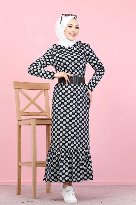 Tofisa Siyah Tesettür Kapüşonlu Volanlı Elbise