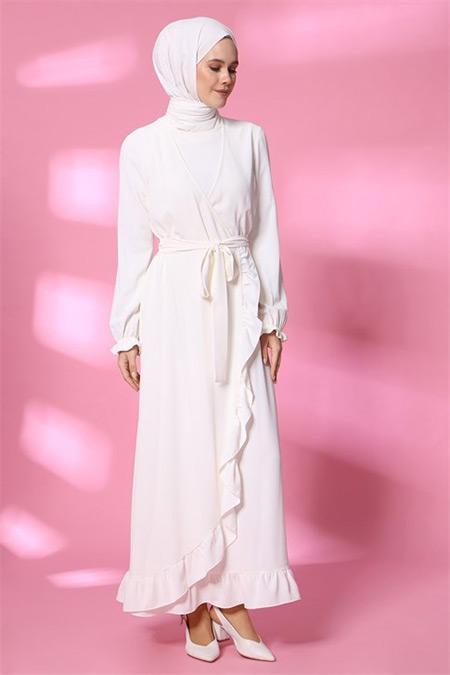 Armine Beyaz Volan Detaylı Elbise