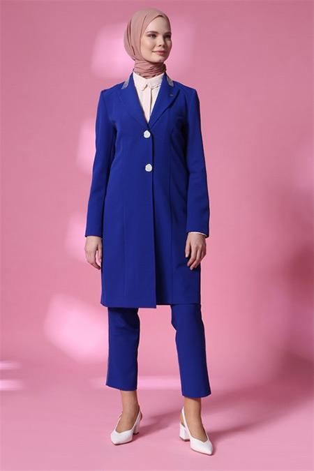 Armine Morcivert Ceketli Takım