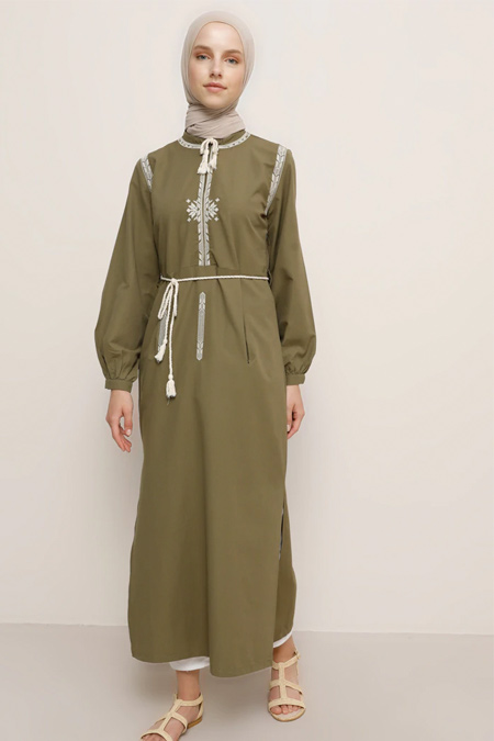 Benin Haki Yakası Fermuarlı Nakışlı Tunik Elbise
