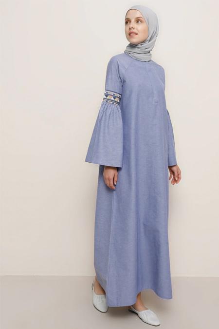 Benin Lacivert Kolları Nakış Detaylı Pamuklu Elbise