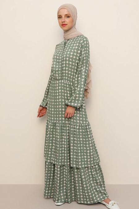 Benin Pastel Yeşil Doğal Kumaşlı Puantiyeli Elbise