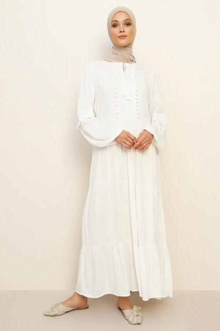 Refka Doğal Kumaşlı Dantel Detaylı Beyaz Elbise