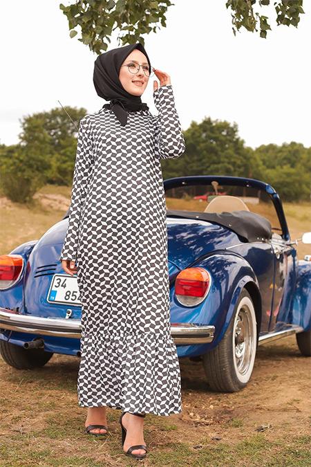 Tofisa Siyah Beyaz Tesettür Elbise