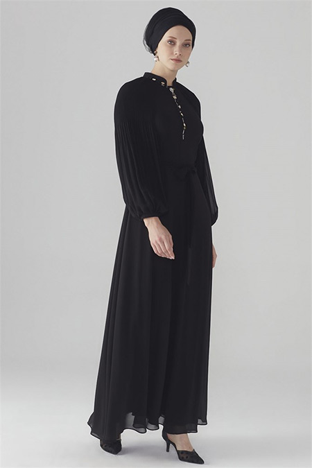 Zühre Siyah Kol Volan Detaylı Elbise