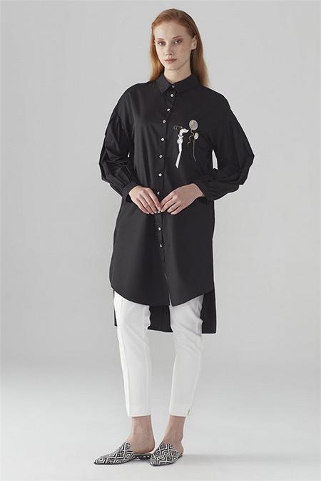 Zühre Siyah Düğmeli & İşleme Detaylı Tunik