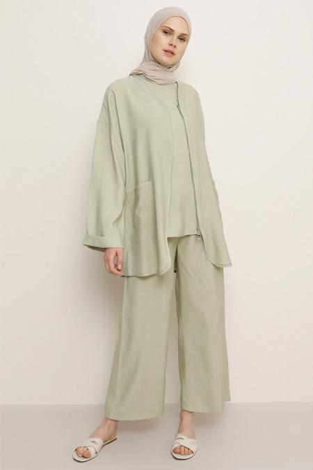 Benin Pastel Yeşili Kolsuz Bluz & Pantolon İkili Takım