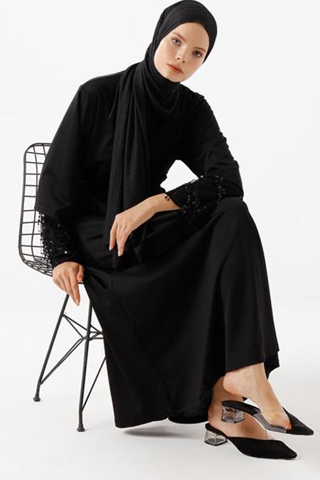 Phull Siyah Kolları Payetli Büyük Beden Elbise