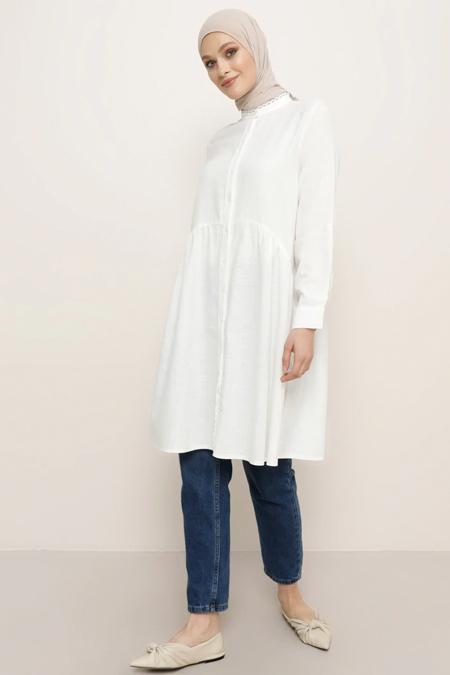 Refka Beyaz Doğal Kumaşlı Yakası Güpür Detaylı Tunik