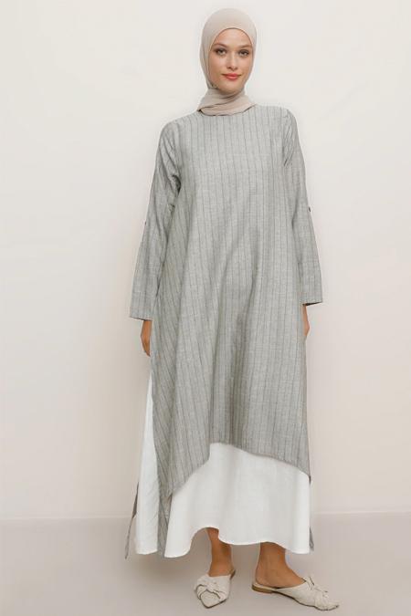 Refka Haki Doğal Kumaşlı Yanları Yırtmaçlı Elbise