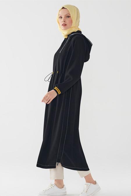 Zühre Siyah Kapşonlu Gizli Pat Düğmeli Uzun Kap