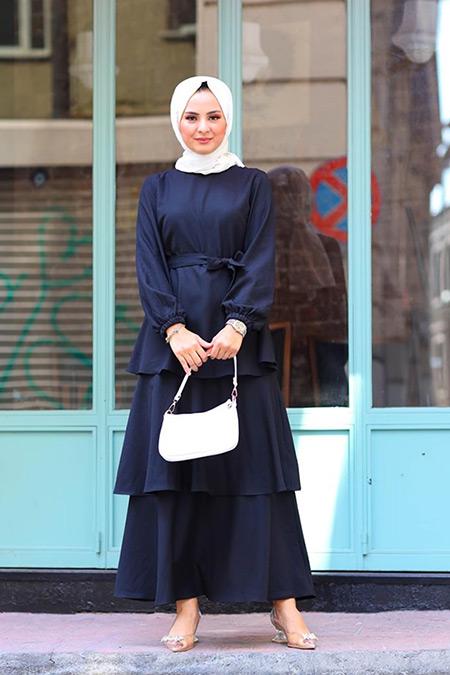 Elizamoda Siyah Kat Kat Büzgü Detaylı Tesettür Elbise