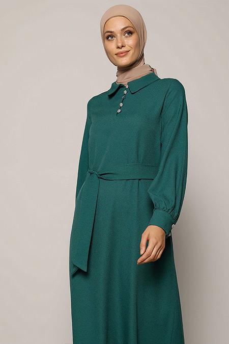 Refka Orman Yeşili Taşlı Düğme Detaylı Kuşaklı Elbise