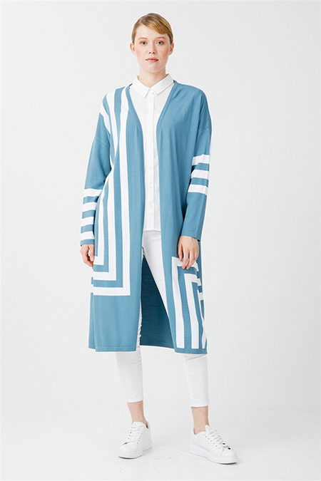 Tığ Triko Mavi Geometrik Desenli Uzun Rayon Hırka