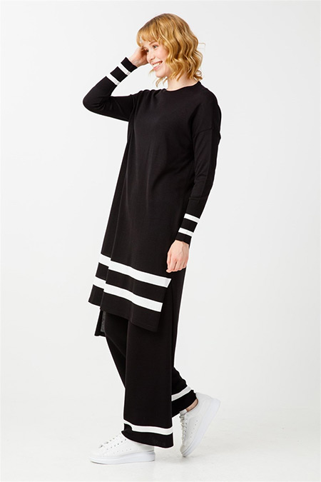 Tığ Triko Siyah Çizgi Detaylı Triko Takım