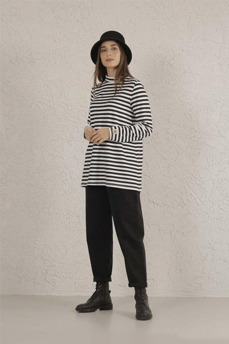 HE-QA Siyah Beyaz Line Kısa Tshirt
