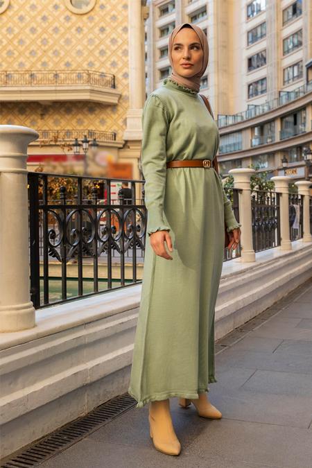 Refka Çağla Yeşili Fırfır Detaylı Balıkçı Yaka Triko Elbise