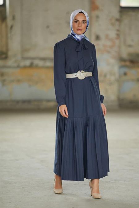 Refka Lacivert Yakası Bağlamalı Piliseli Elbise