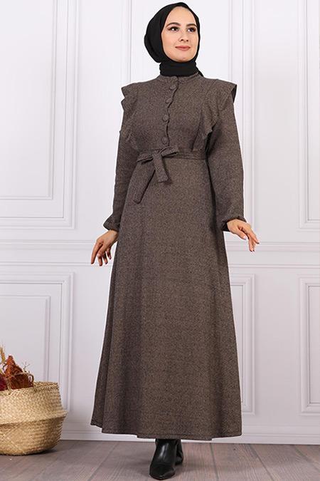 Elizamoda Bej Düğmeli Fırfır Detaylı Tesettür Elbise
