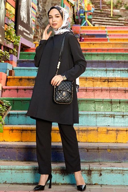 Tavin Siyah Kol Ucu Taş Detaylı Tunik